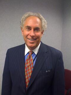 Dr. Lee Fischer M.D.